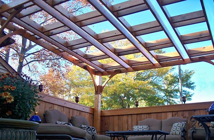 how to clean and maintain a pergola
